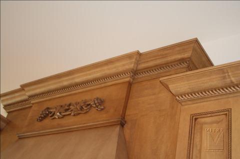 Cabinet Crown